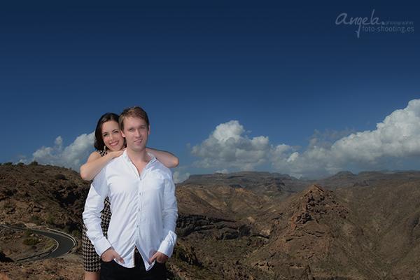 Pärchen in den Bergen von Gran Canaria