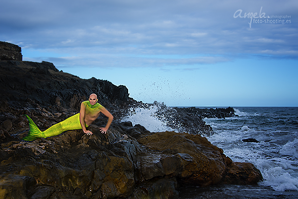 Wassermann auf Felsen